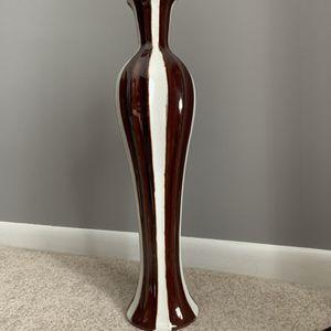 Vase for Sale in Wheeling, IL