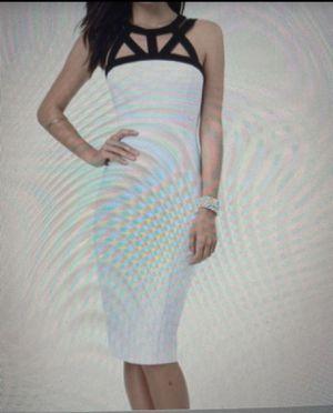 Vestido nuevo marca bebe talla M for Sale in Union City, CA