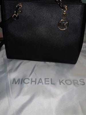 Micheal kors tote for Sale in Costa Mesa, CA