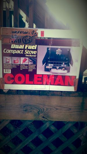 Coleman Compact Dual Fuel Stove for Sale in Fairfax, VA