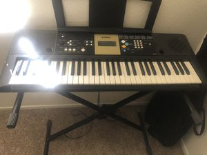 Yamaha piano for Sale in Fontana, CA