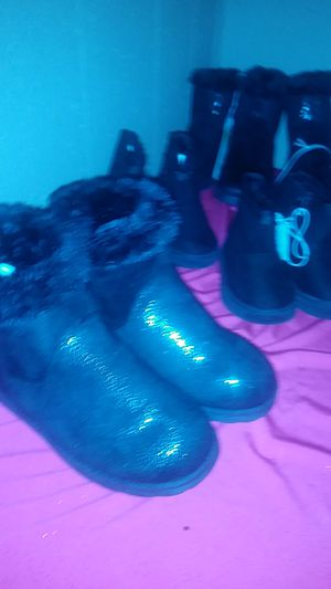 Youth girls boots sizes1.2.3.4.5.6 for Sale in Little Rock, AR