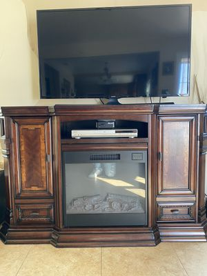 Electric fireplace/ TV stand for Sale in Richmond, CA