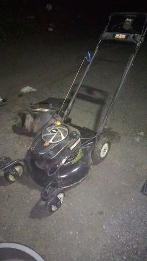 It's a Craftsman Pro 8.75 horsepower commercial lawn mower for Sale in Covington, WA