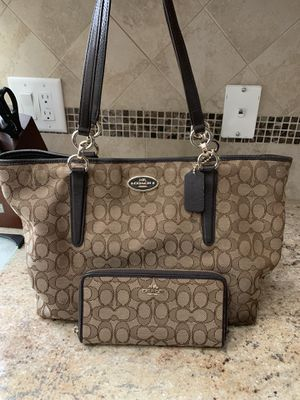 Coach Purse and Wallet for Sale in Brooksville, FL