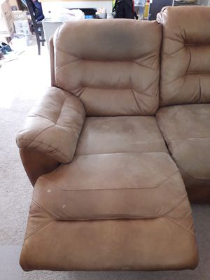 Very comfortable recliner couch for Sale in Alexandria, VA
