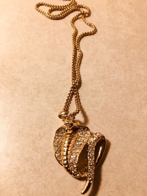 Iced out Cobra Pendant & Cuban Chains for Sale in Columbus, OH