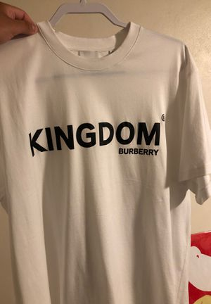 KINGDOM BURBERRY XL for Sale in El Paso, TX