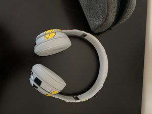 Beats Solo3 wireless headphones for Sale in Charlotte, NC