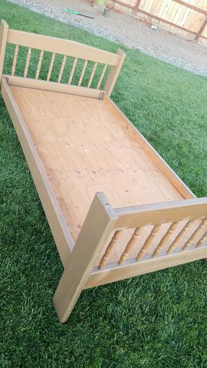 Bed frame- twin size for Sale in Orland, CA
