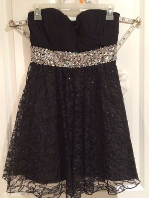 Black and Silver Prom Dress for Sale in Snohomish, WA