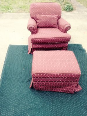 Chair and ottoman for Sale in Birmingham, AL