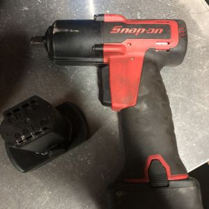 3/8 Snap On Impact Tool And Battery for Sale in Spring, TX