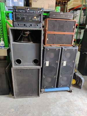 PRO AUDIO EQUIPMENT..AMPS/EQUILIZERS/SPEAKERS for Sale in Chicago, IL