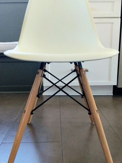 White Molded Contemporary Style Chairs for Sale in Glendora,  CA