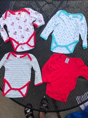 Xmas onesies 6-9 months bnwt for Sale in Baltimore, MD