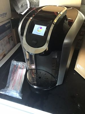 Keurig K400 k cup single serve coffee with digital LCD screen open box excellent condition in original packaging for Sale in Las Vegas, NV