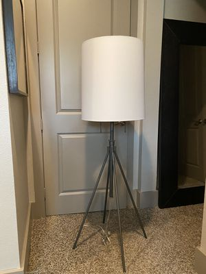 Large floor lamp for Sale in Dallas, TX