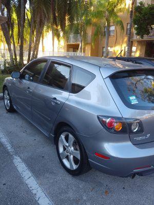 Mazda 3 hatchback 2005 for Sale in Hollywood, FL
