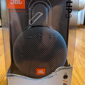 JBL Clip 3 PORTABLE WATERPROOF Bluetooth Speaker Black for Sale in Thurmont, MD