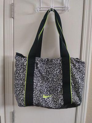 Nike totte bag for Sale in North Las Vegas, NV