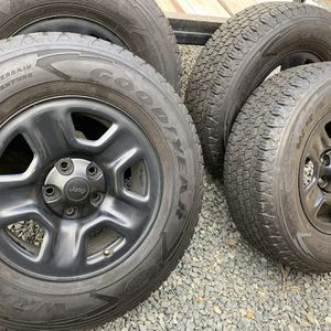 Jeep JL Steel Wheels for Sale in Riverside, CA