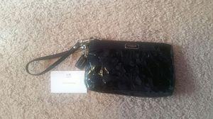 COACH Black on Black Signature Jacquard LEATHER Wristlet purse coach, large with Corner Zip for Sale in Dearborn, MI