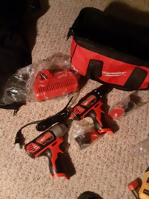 Milwaukee 2 gun kit for Sale in Coventry, RI