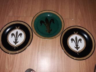 Saints plates hang on wall not for eating off of for Sale in Marshall,  TX