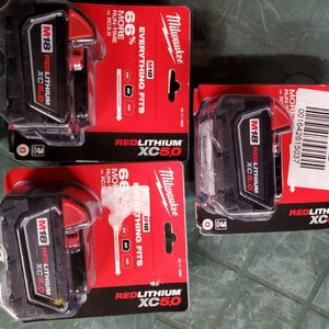One day special! 3x 5.0xc batteries m18 milwaukee for Sale in Villa Park, IL
