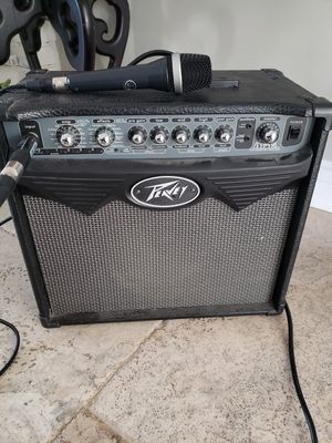 Peavey amp and AKG D5 microphone for Sale in Bakersfield, CA