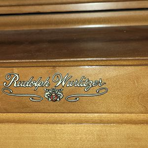 Piano In Excellent Condition for Sale in Fond du Lac, WI