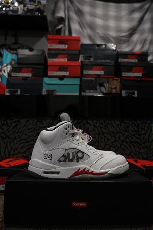 Air Jordan Retro 5 Supreme White for Sale in Palmdale, CA