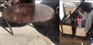 Price Negotiable - Table & 6 Chairs for Sale in Palo Alto, CA