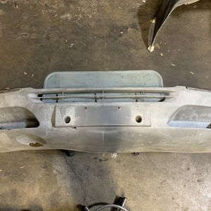 OEM Mercedes Sprinter Front Bumper 2000-2006 for Sale in Rancho Cordova, CA