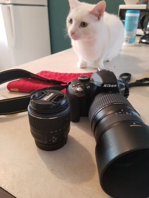 Nikon d3300 with 2 lenses, and lense hood. for Sale in Orlando, FL