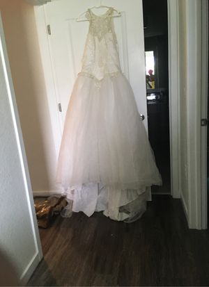 Wedding dress for Sale in Ruskin, FL