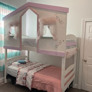 Twin Bunk bend for Sale in Madera, CA