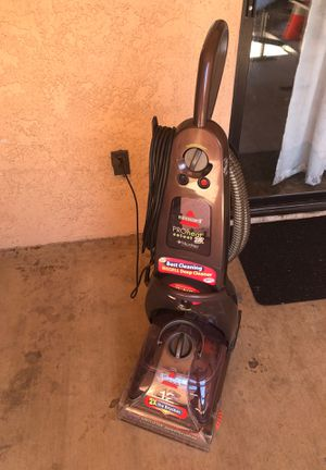 Carpet cleaner bissell for Sale in Bakersfield, CA