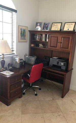 Office Desk Set for Sale in Miami, FL