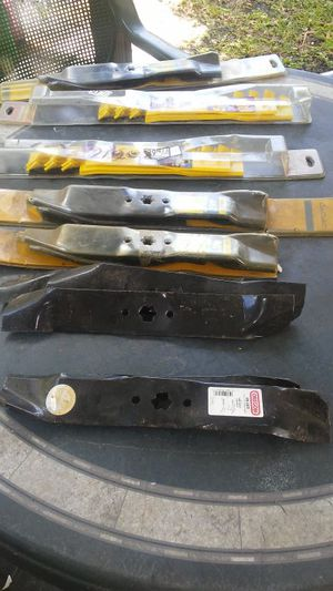 "Tractor blades Cub Cadet 46"" deck for Sale in Medley, FL"