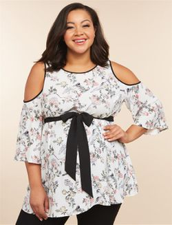 Plus size Maternity 2X ( 18 / 20 ) peekaboo shoulder tunic shirt for Sale in Glen Burnie,  MD