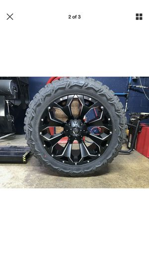 "22x10 Fuel D546 Assault Black 35"" Mt Wheels Rims Tires 6x5.5 2019 $2300 for Sale in Haines City, FL"
