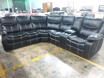 BLACK AIR LEATHER DOUBLE RECLINING SECTIONAL SOFA for Sale in Richardson,  TX