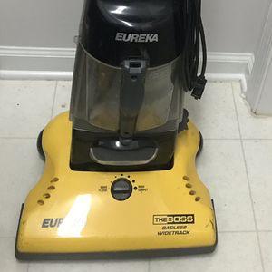 Eureka Vacuum Cleaner for Sale in Alexandria, VA