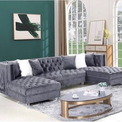 Double Chaise Sectional - Free Delivery for Sale in Stone Mountain,  GA