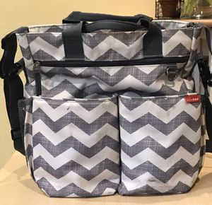 Skip Hop Diaper Bag - In Great Condition for Sale in Scottsdale, AZ