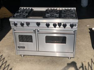 Viking stove with full range top and 2 ovens! Stainless steel commercial style monster appliance for high end kitchen for Sale in Santa Ana, CA