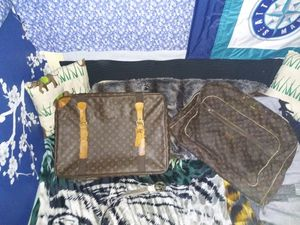 Louis Vuitton Garment Cover Deluxe [Canvas Weekend] Brown Travel Bag {M23412} for Sale in Seattle, WA