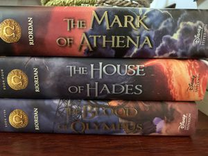 Heroes of Olympus Books 3,4,5 (LIKE NEW CONDITION) for Sale in Spring Valley, CA